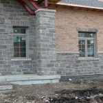 charcoal limestone tigerstripe ledgerock building side pillar