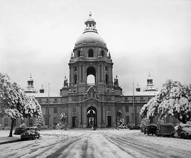 The Last Time It Snowed in Pasadena | ColoradoBoulevard net