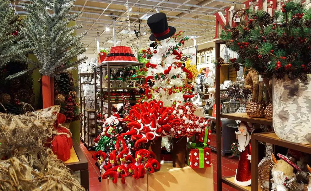 Pier One Christmas.Pier One Christmas Trees