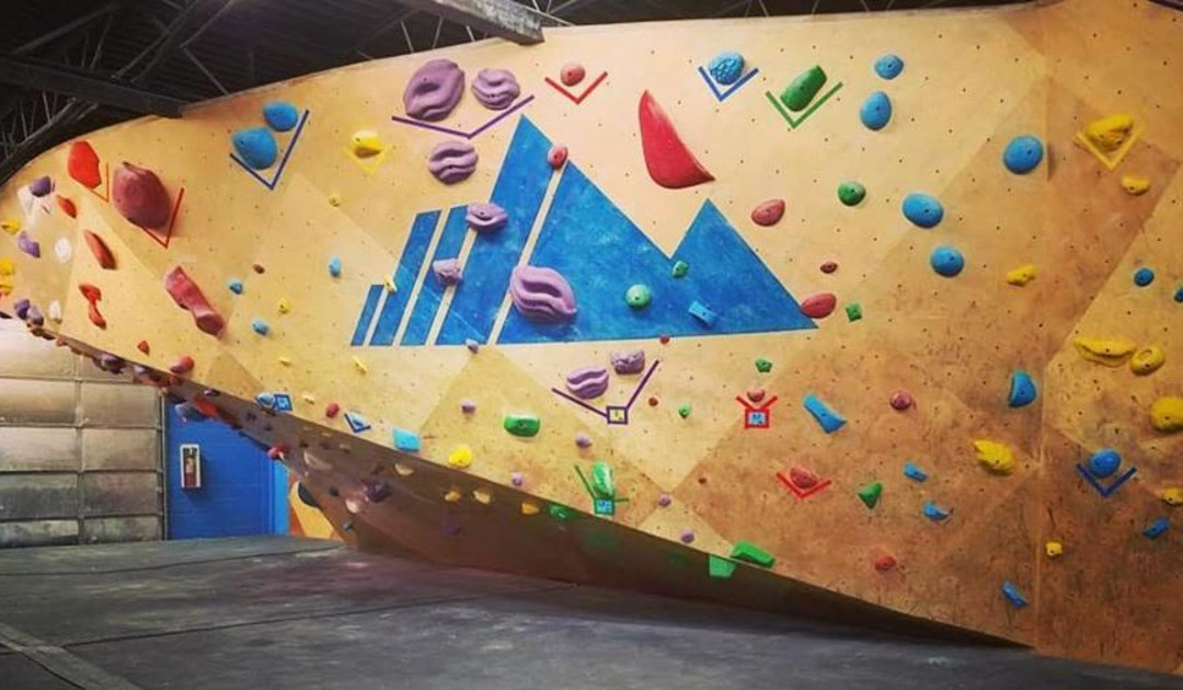 Community climbing competition raises funds for CU Cancer Center research