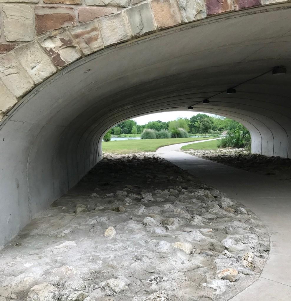 Vizcaya in Round Rock, walking path under a bridge