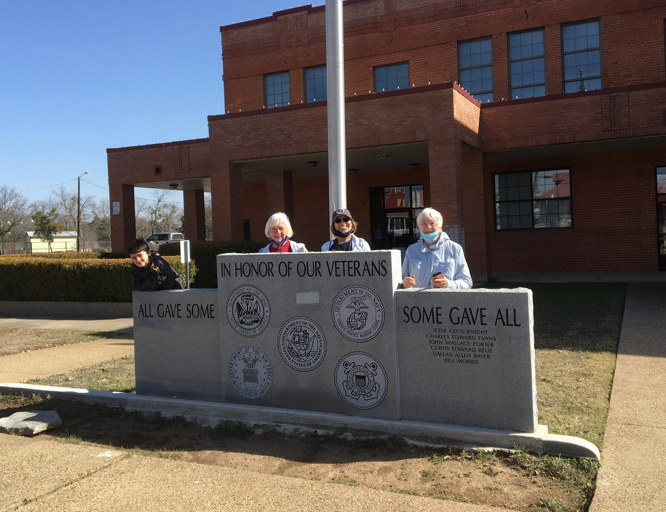Photos from Salado YRE Group Walk on Jan 16th