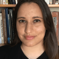 Rachel Fernandez Headshot