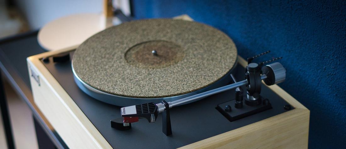 20 vinyl record player
