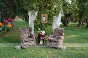 colores-de boda-photobooth-butacas-encaje-espejo