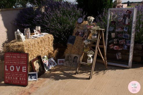colores-de-boda-rincon-recuerdos-fotografias-familiares-heno-ventana-malla-gallinero