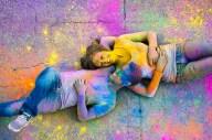 colores-de-boda-sesion-fotos-polvos-holi-7