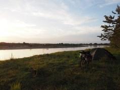 Zelten am Rio Magdalena