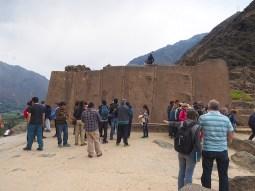 Die Wand der sechs Monolithen