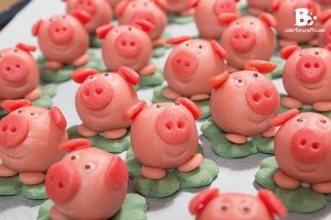 DIY marzipan pig tutorial