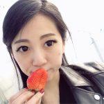 ⁂ Strawberry Picking ⁂