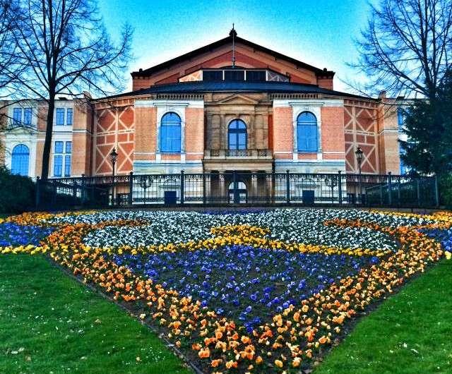 Festspielhaus Bayreuth – Wagners Vision vom eigenen Opernhaus und vom Fundraising