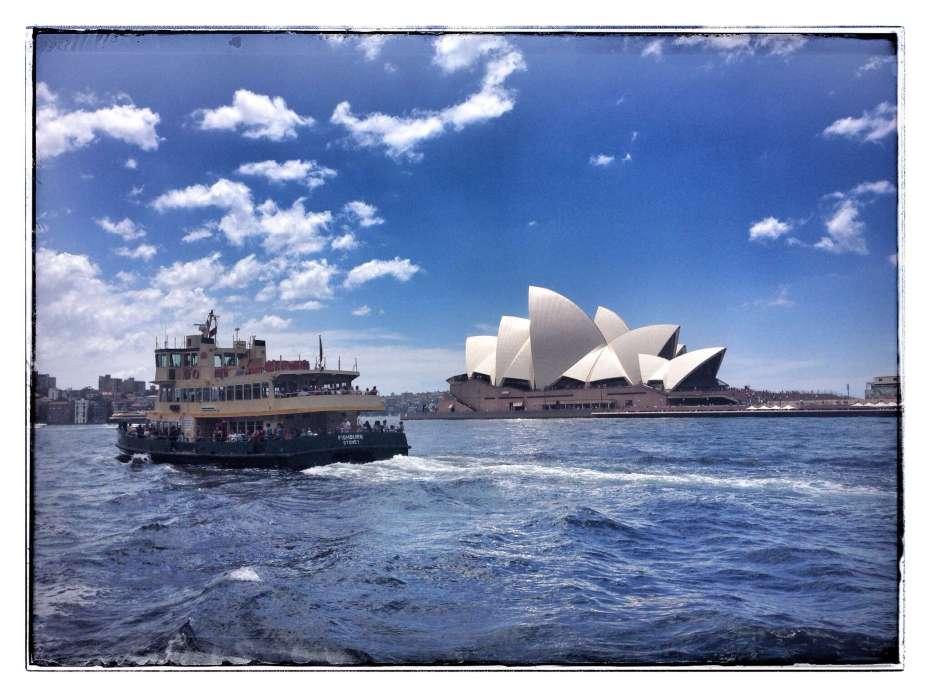 Mit der Sydney Ferry durch die Stadt