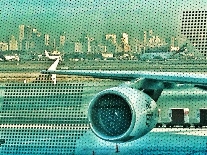 Blick vom Flughafen auf City