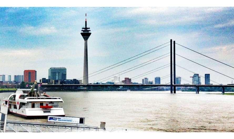 Düsseldorf – ein Turm, der mal ein Schloss war