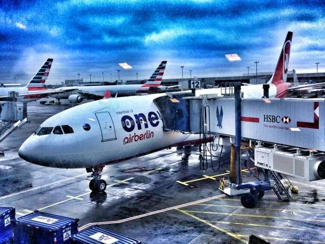 Air Berlin - Flugzeug auf dem Flughafen JFK