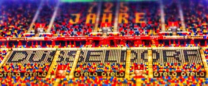 Dank der bunten Sitze sieht die Arena immer gut gefüllt aus