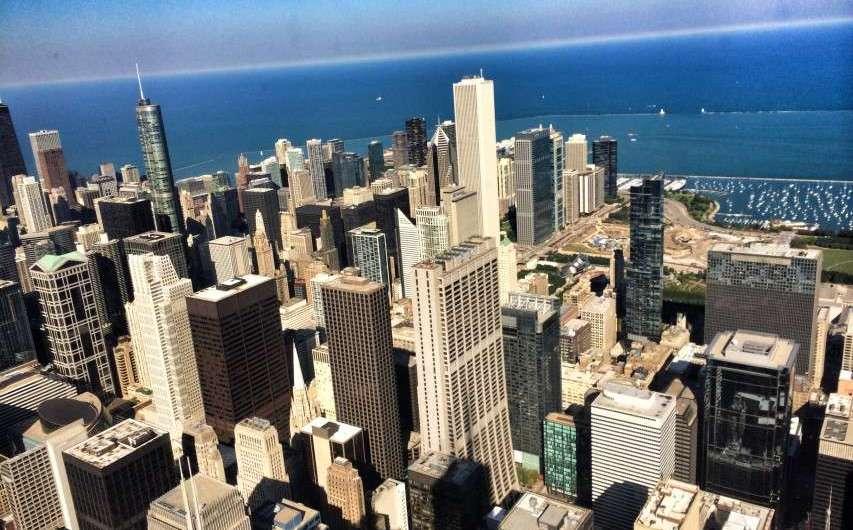 Der höchste Wolkenkratzer der Welt – der Sears-/Willis-Tower in Chicago