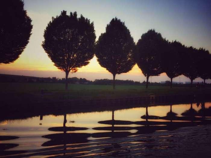 Bei Sonnenuntergang über den Dortmund-Ems-Kanal