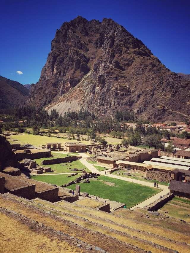 Auch auf der gegenüberliegenden Bergseite haben die Inkas Gebäude errichtet