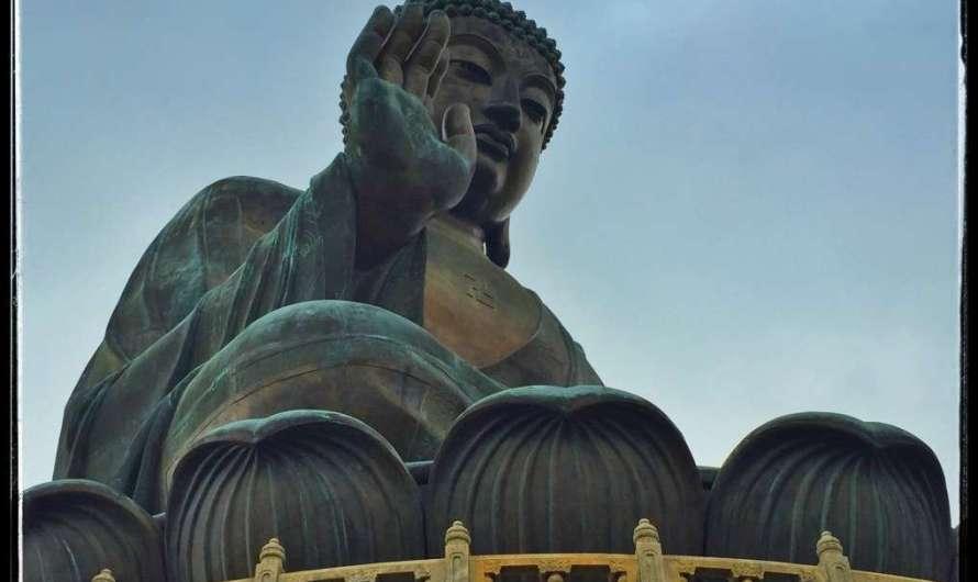 Big Buddha, ein Tempel und die Seilbahn