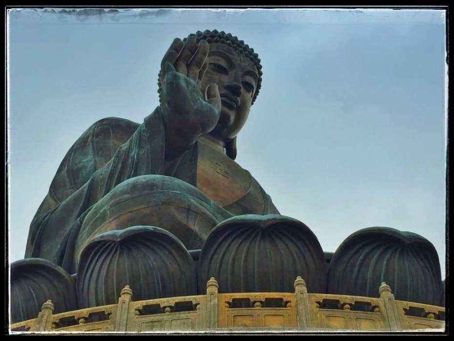 Der 34 Meter hohe Buddha