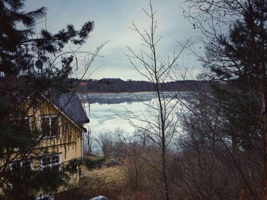 Der See bei Schloss Haga