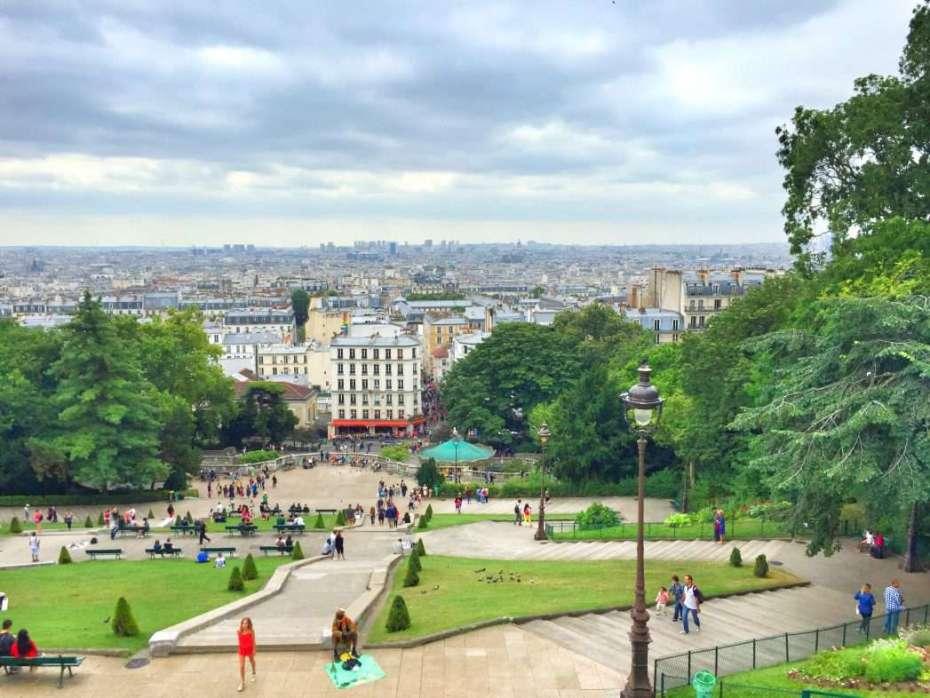 Blick von Sacre Coeur auf Montmartre