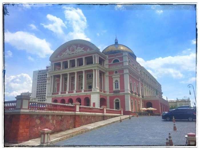 Das berühmte Opernhaus
