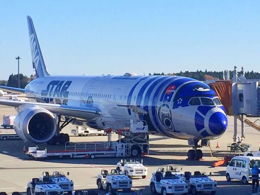 """ANA - Flugzeug in """"Star Wars"""" - Lackierung"""