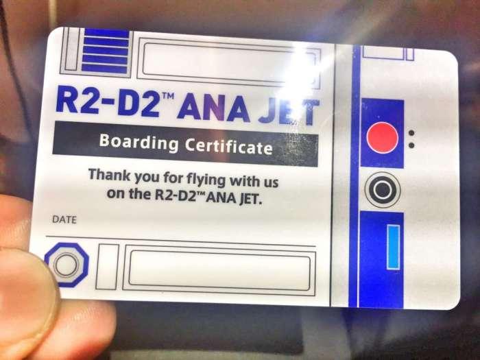 Passagiere bekommen eine spezielle Bordkarte