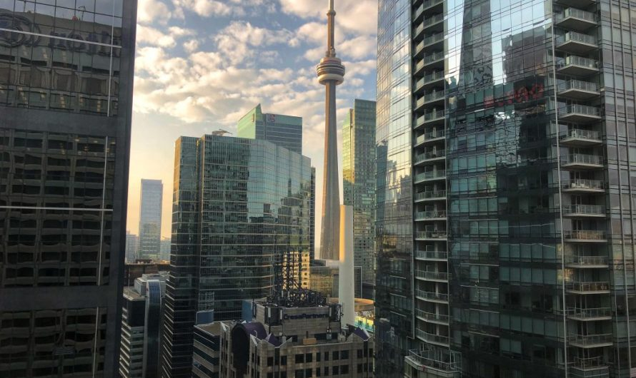 Rund um den CN Tower in Toronto