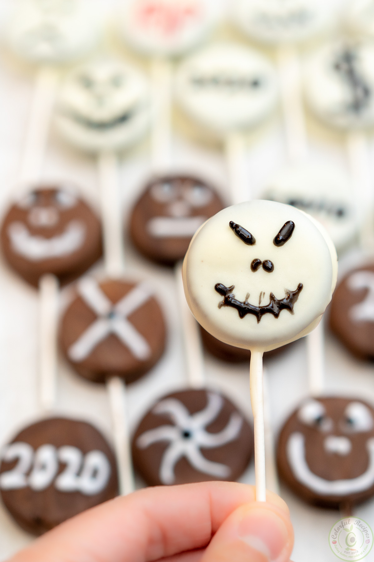 Halloween Oreo Pops Dipped in Chocolate