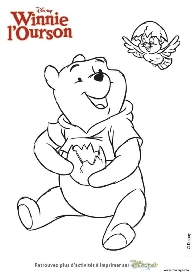 Coloriage Winnie Ourson Et L Oisillon Tient Un Oeuf Dessin Winnie