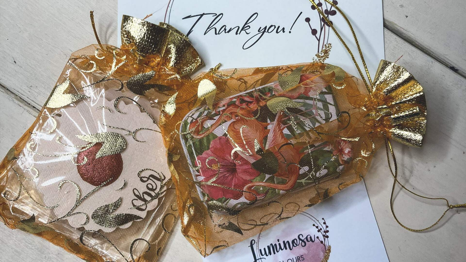 Luminosa Colours - handmade watercolors on Coloring Brittany Art