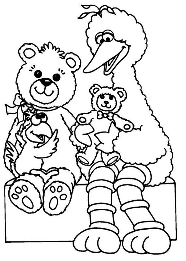 Big Playing With Teddy Bear In Sesame Street Coloring Page