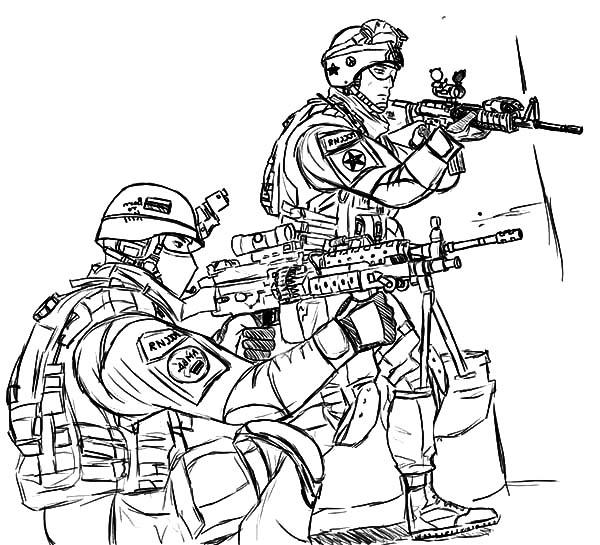 Military Forces Coloring Pages : Color Luna