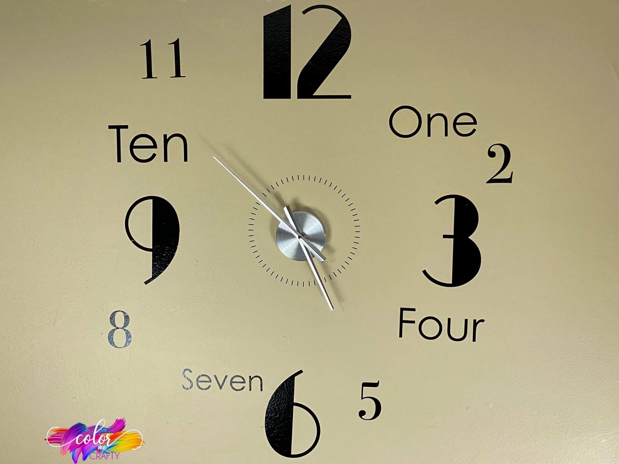 How To Make a Clock With Cricut Vinyl