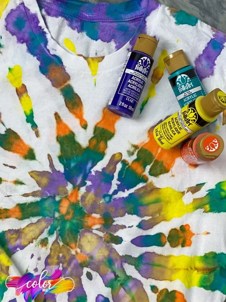 How to Tie-Dye Using Acrylic Paint | eHow