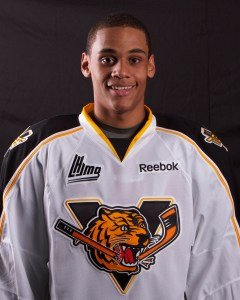 Jonathan-Ismael Diaby  hopes to make the Nashville Predators with Seth Jones. (Photo by Victoriaville Tigres)