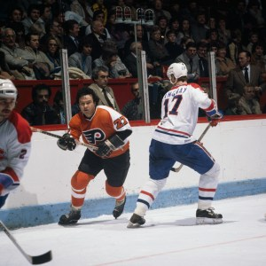 Sniper Reggie Leach, Number 27, in his Flyers heyday.
