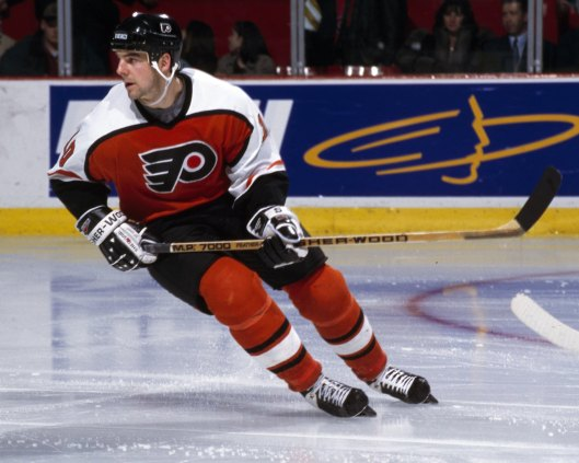 Leach thinks former Flyers John LeClair, above, and Brian Propp should be in the Hockey Hall of Fame (Photo/Denis Brodeur/NHLI via Getty Images)