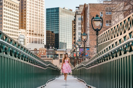 colors of mei, colorsofmei, milwaukee, downtown, riverwalk, milwaukee riverwalk, pink dress ideas, floral dress ideas, things to do in milwaukee, milwaukee blogger, blogger, fashion blogger, milwaukee fashion blogger, meileilan, meileilan mattinson, mattinson photography, brian mattinson photography, mei, mei mattinson, milwaukee photographer, milwaukee photography