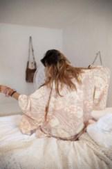 Tahitian-Moon-Kimono_Blush_-2273_medium