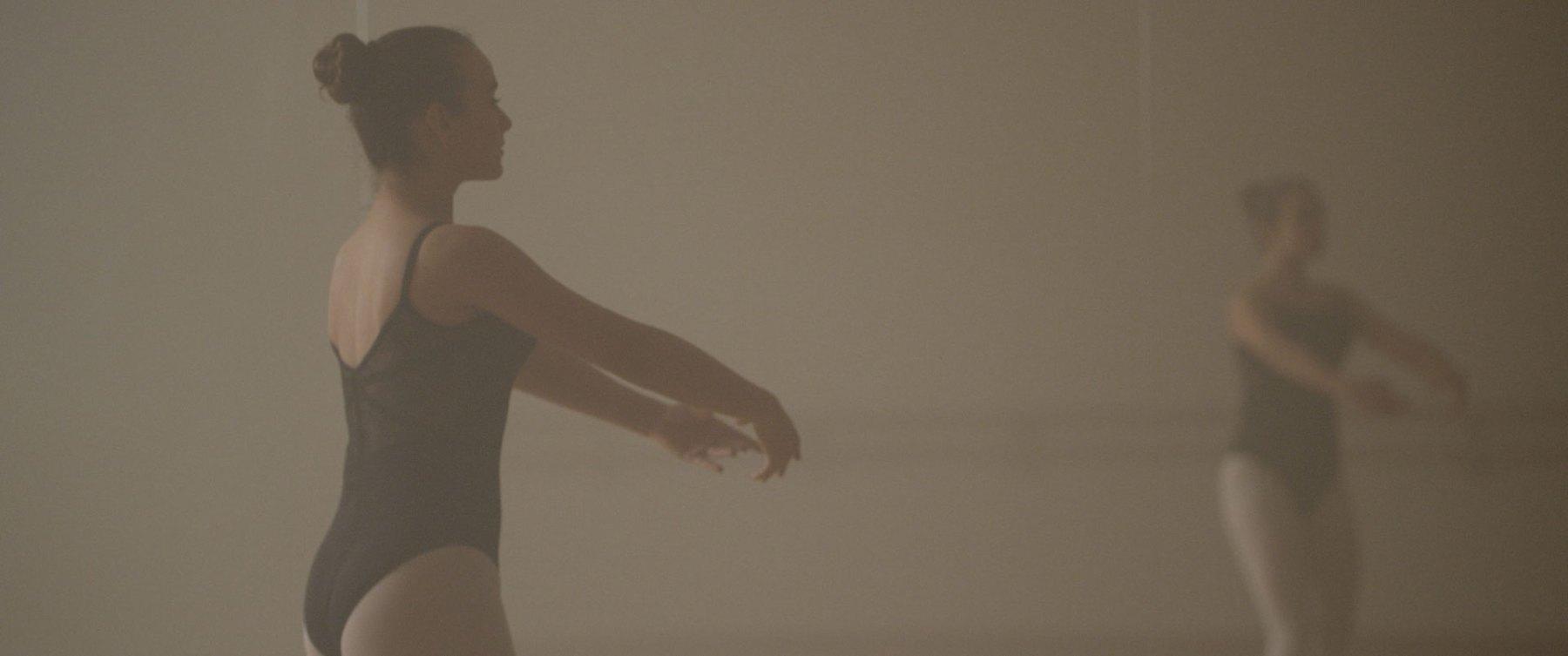 Colour Correcting a Ballet (Ungraded) - Colour Grading London