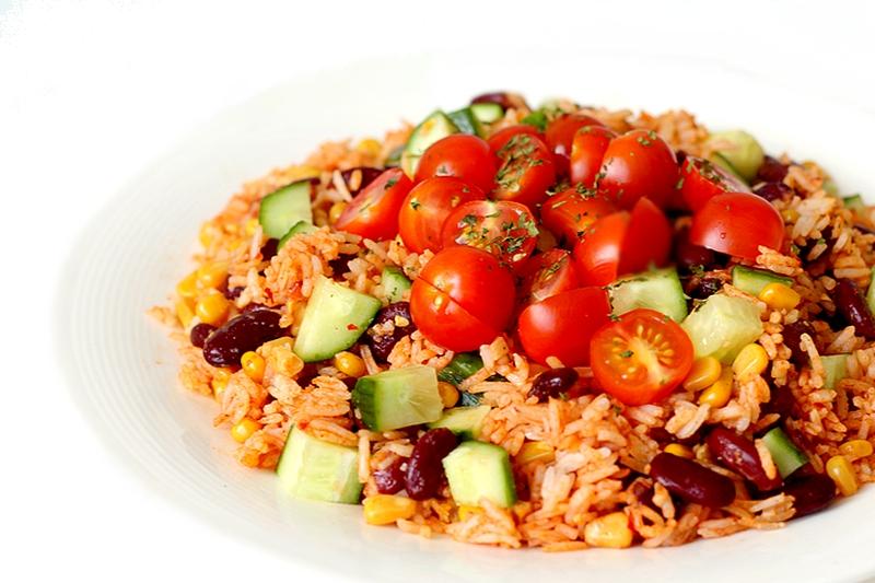 Studentenmaaltijd #2: Mexicaanse rijstsalade met kidneybonen