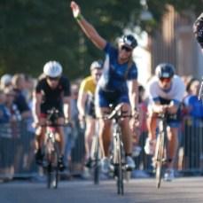Lycka efter slutförd cykling på Ironman Kalmar