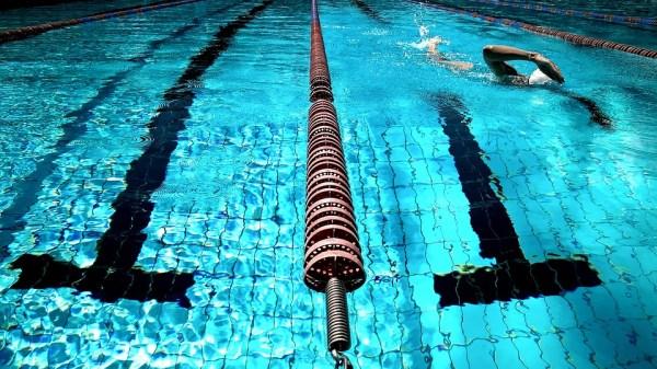 swimming-924895_960_720