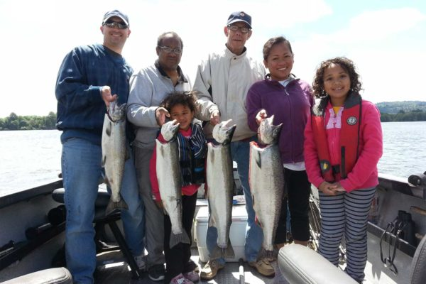 Columbia River fishing guides catch salmon and steelehead in the same day!