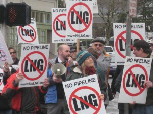 lng rally 3.9.11 dan and crowd In: Water And Property Rights More Important Than Methane Pipeline Profits | Our Santa Fe River, Inc. (OSFR) | Protecting the Santa Fe River in North Florida